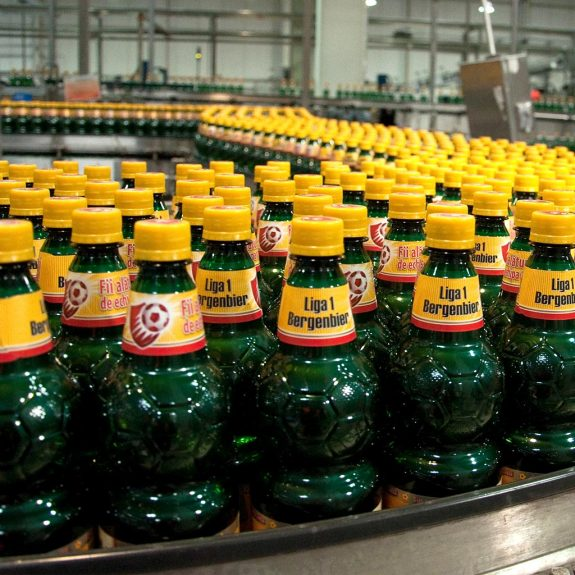 Getränkeflaschen aus recyceltem Kunststoff